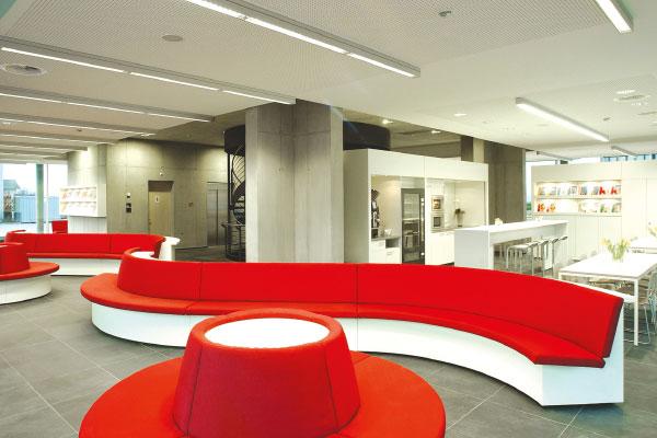 Marti Car Terminal Lounge