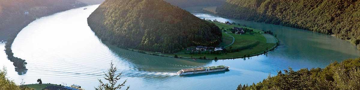 Bateaux fluviales sur le Rhin